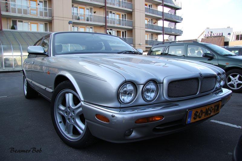Jaguar XJR V8 Supercharged rechtsvoor