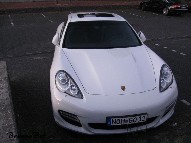 Porsche Panamera Turbo MkI front