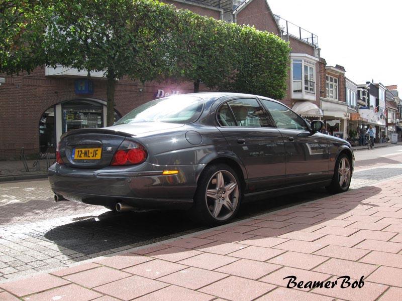 Jaguar S-type R rechtsachter
