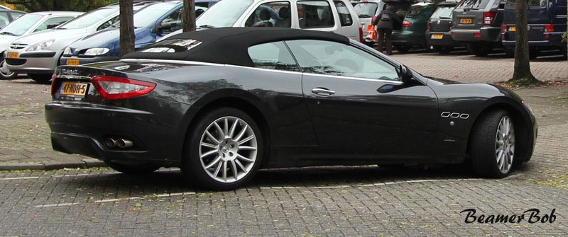 Maserati GranCabrio rechtsachter