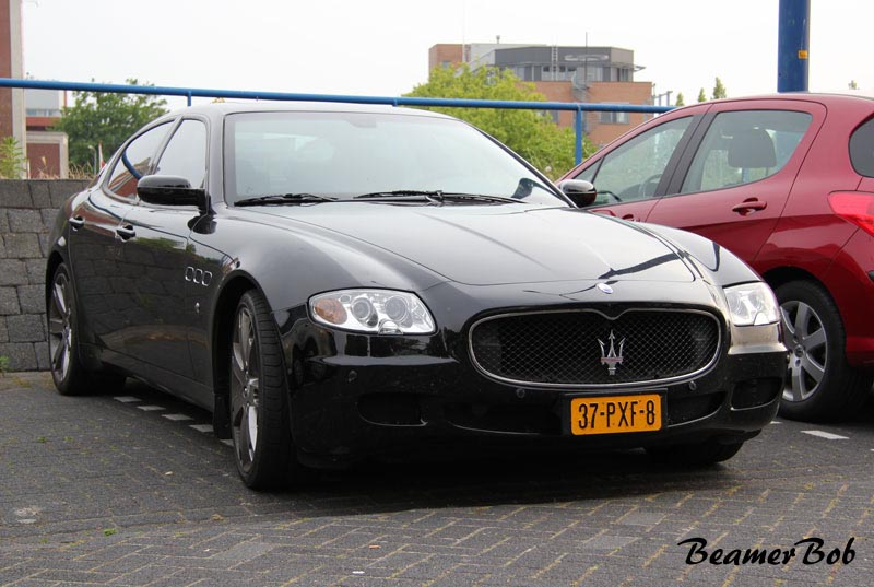 Maserati Quattroporte Sport GT S rechtsvoor