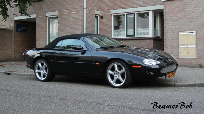 Jaguar XKR Convertible series I rechtsvoor