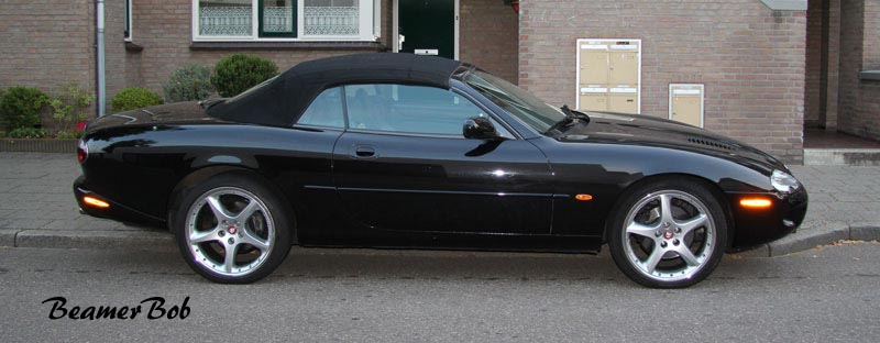 Jaguar XKR Convertible series I zijkant