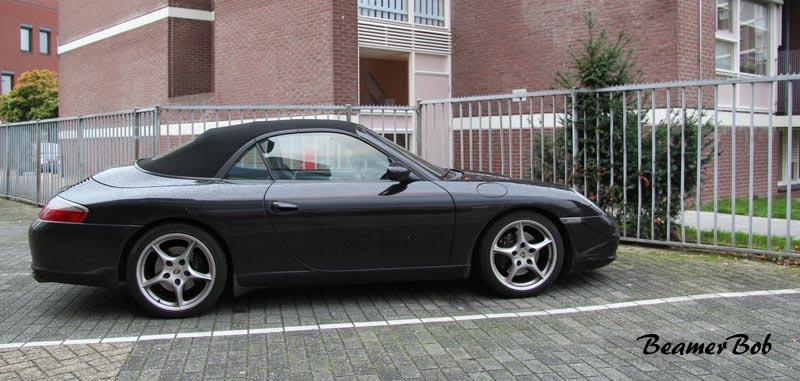 Porsche-911-996-Carrera-2-Cabriolet zijkant